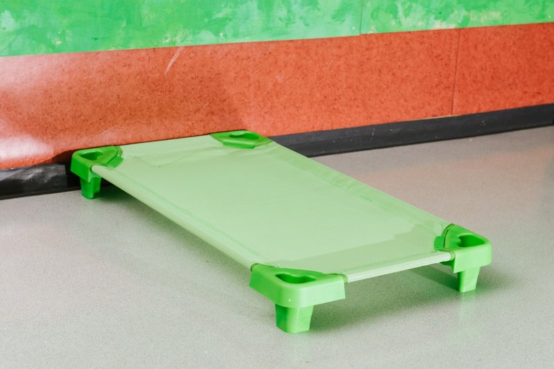 42942 GREEN REST BED 100 cm